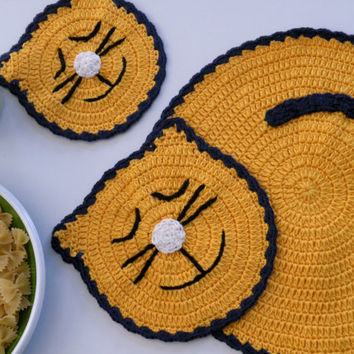 Crochet  Yellow Cat Placemat and a Coaster, Table Topper, Place Mat, Table Decoration Crochet
