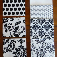 "Mystique by Lila Tueller for Riley Blake Designs, Fat Quarter Bundle,7 Fat Quarters,18"" x 22"", Black on White, Modern FQ103"