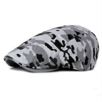 Sports Hat Cap trendy  which in shower women men printed camo beret adjustable camouflage flat cap male female outdoor sports peaked hat summer sun cap KO_16_1