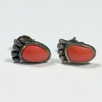 Red Coral Jewelry Feet Walk on the Beach Footsteps Earrings Walking Silver Stud Earrings Vintage Tiny Red Coral Inlaid Stone in 925 Sterling