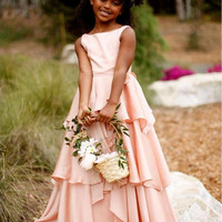 2017 New Pretty Blush Pink Flower Girl Dresses Country Style Kids Tutu First Communion Dress 2017 A-Line Boat Neck Chiffon
