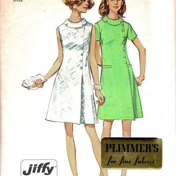 Retro 60s Mad Men Style Fashion Simplicity Sewing Pattern Dress Plus Size Full Figure Rolled Collar Off Side Closure Size 18 Bust 40