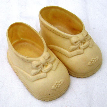 Vintage Baby Doll Shoes in White, No. 2, With Embossed Ties and Flowers