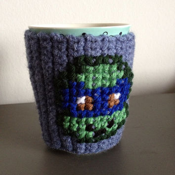 Perfect Stocking Stuffer Coffee Mug Cozy - Geekery Tea Cup Cozy - Arcade Gamer Kitchen Accessory - Retro Collector Item