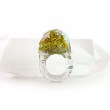 Terrarium + Silver Leaf Resin Ring • Size 4 - 4.5 • Geometric Terrarium Ring • Science Specimen Ring • Nature Moss Eco Resin Ring