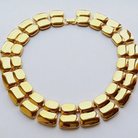 Napier Gold Tone Choker Bib Necklace Vintage Designer Fashion Jewelry