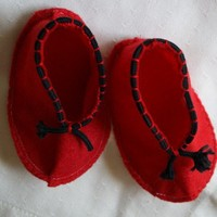 booties for baby in red felt hand sewn with black cording attached ...... | rocksntwigs - Children's on ArtFire