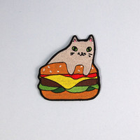 Burger cat embroidered patch - Iron on patch - sew on patch - cat patch - cat iron on patch - I like cats - burger patch - burger - cat -