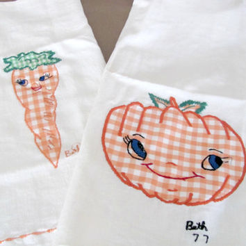 Vintage Dish Towels, 1970's Embroidered Tea Towels, Appliqued Vegetable Dish Towels, Mid Century Home Decor