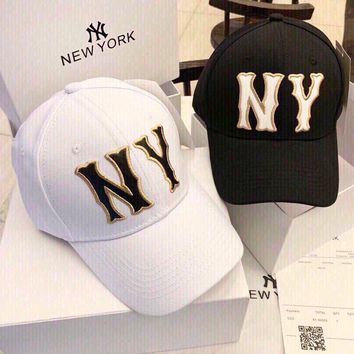 """Gucci x New York Yankees"" Unisex Casual Fashion Letter Embroidery Baseball Cap Couple Peaked Cap Sun Hat"