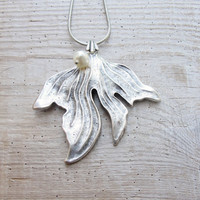 Mermaid's Tail Necklace Metal tail with Sweetwater Pearl