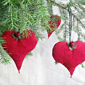 Christmas tree ornaments Red stuffed fabric heart with flower holiday home decor Set of 3