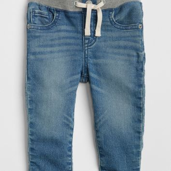 Pull-On Slim Fit Jeans | Gap