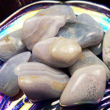 BLUE LACE AGATE Stone of Peace & Tranquility - Assists with Meditation, Self Expression, Astral Projection Clears Throat / Third Eye Chakras