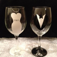Bride and Groom Wedding Hand-painted Wine Glasses