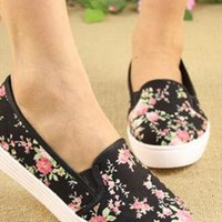 Black Floral Shoes from BAIANSY