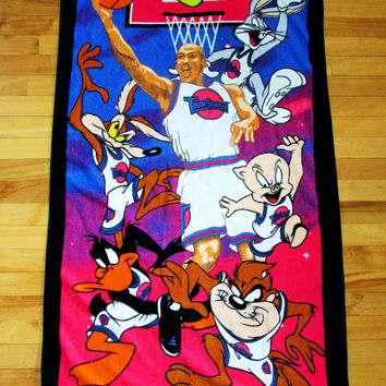 Vintage 1990's Space Jam Looney Tunes Beach Towel