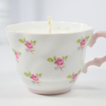 Teacup Candle / Butter Pecan scent / Handmade Soy Candle in vintage tea cup / Pink roses / Upcycled / gift / Bone china / white pink green