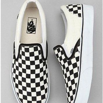 DCCKBWS Vans Checkerboard Slip-On Sneaker mens/womens shoes