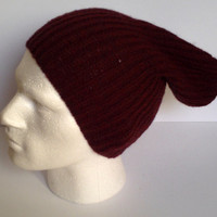 Handknitted men's slouchy beanie hat. Adult or teenager. Rusty red. OOAK