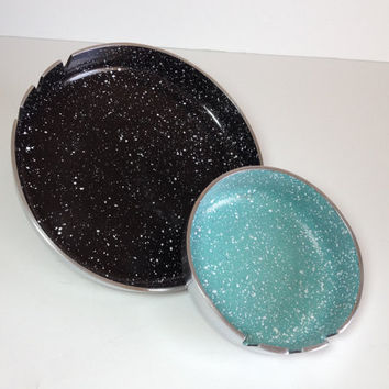 Speckled Enamelware and Aluminum Round Ashtray, Black - White Enamel, Turquoise - White Enamel, Mid Century Modern, Key Bowl, Valet, Atomic