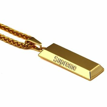 Supreme Pendant Necklace Accessory Sponge