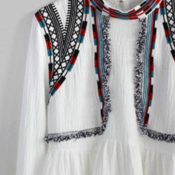 Exemplary Boho Embroidered Top in White - Retro, Indie and Unique Fashion