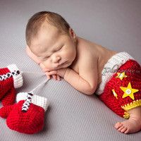 Newborn Boxing Set -Tiny Boxer- Boxing Gloves- Boxing Shorts- Baby Boy-Photo Prop