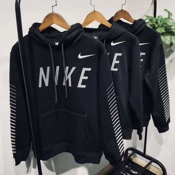ONETOW Nike Hooded Fashion Black Pullover Top Sweatshirt Sweater