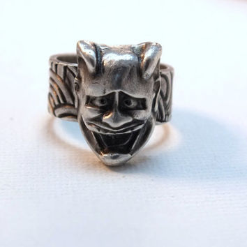 Japanese Hannya ring, fine silver statement ring, size 7, Japanese mask, artisan ring, Japanese art, Noh theater, Asian ring, unisex ring,