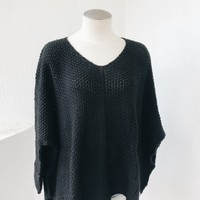 EMI FLOW SWEATER- BLACK