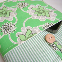 Green iPad Air sleeve, floral case iPads 4 3 2 1, padded flower tablet bag with cord accessory pocket, Womens Laptop Cover Amy Butler