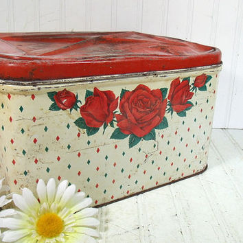 Rustic Metal Red Roses Decorated Bread Box - Vintage Chippy Paint Litho Bin - Crusty Rusty Shabby Chic Tin - OffWhite Floral Kitchen Storage