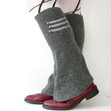 Gray spats leg warmers with ribbons and buttons shoe by piabarile