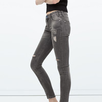 DISTRESSED JEANS New