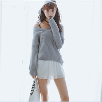 V-Neck Long-Sleeved Pleated Sweater