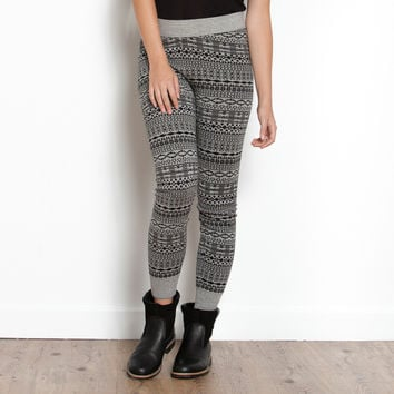 Cabin Sock Legging | Women's Bottoms Leggings | Roots