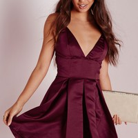 Missguided - Satin Plunge Structured Skater Dress Burgundy
