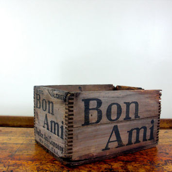 Vintage Wood Crate, Vintage Wood Box, Small, Dovetail box, Bon Ami, New York