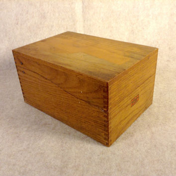 Vintage Oak Wood Card File Box - Finger / Box Joint Corners - Original WEIS Manufacturer Decal  - Hinged Lid - 3 x 5 Index Card Size -