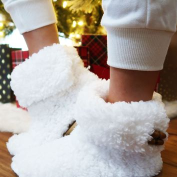 Dashing Through The Snow Slippers: Ivory