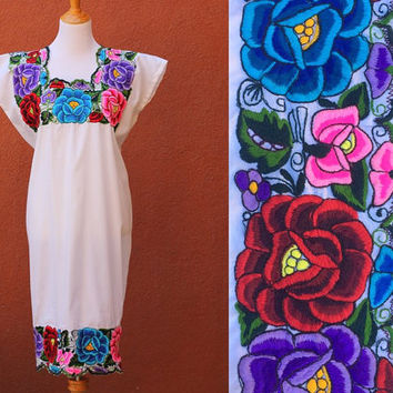 Vtg Unique Mex Peasant Midi Dress Long Floral hand Embroidered Flowy Medium Boho hippie Gorgeous Vibrant