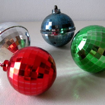 vintage 1950s christmas ornaments faceted plastic