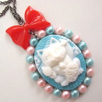 Kawaii Sweet Harajuku Syle Japanese 3D Maneki Neko Lucky Cat  in Blue with Pearl Cabs and Red ribbon bow necklace