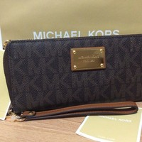 One-nice™ NEW! NWT MICHAEL KORS $180 JET SET Travel Continental Brown Logo Wristlet Wallet