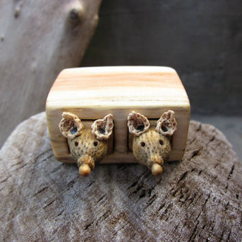 Miniature drawer with animals, wood carving, wood box, Wood sculpture, reclaimed wood, miniature art, animals, unique gift