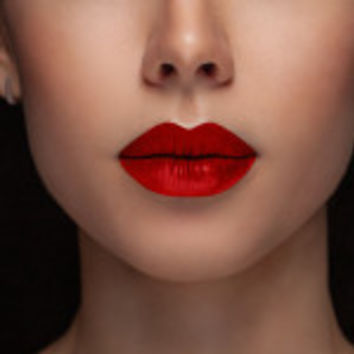 Red Lipstick (Daily Deal)