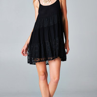 BLACK BABYDOLL TIERED LACE DRESS