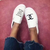 VANS Chanel Canvas Casual Shoes Flat Shoes Men And Women White Cloth Shoes