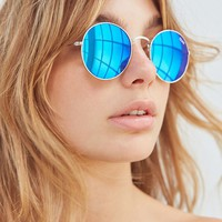 Quay Mod Star Round Sunglasses | Urban Outfitters